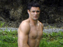 Click in to see Dan Carter celebrating his recent nuptials... with his top off.