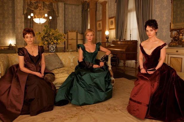 Virginie Walters (Kristin Scott Thomas), Madeleine Forestier (Uma Thurman) and Clotilde de Marelle (Christina Ricci) in Bel Ami