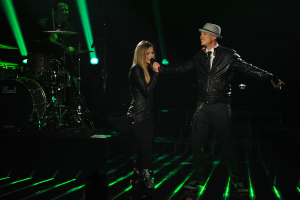 Avril Lavigne and Chris Rene perform