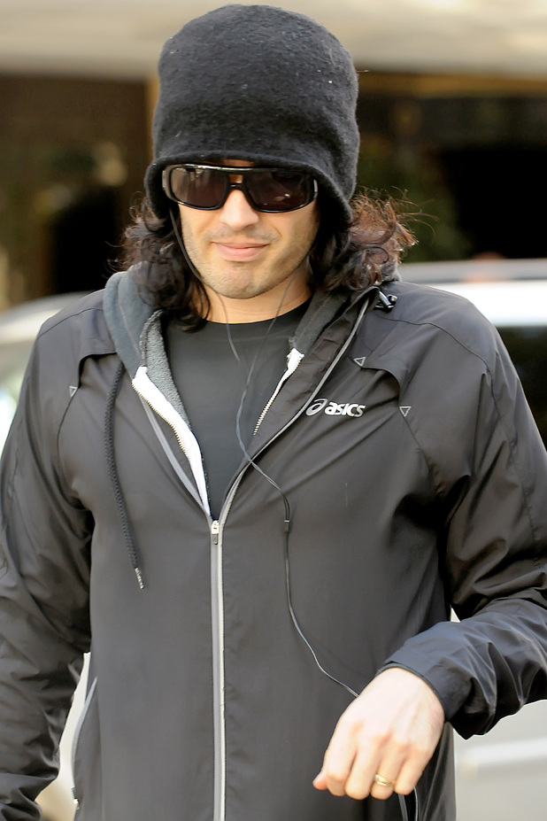 Russell wearing a wedding ring in October 2010 sparking rumours that he and Katy Perry had married.