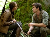 Jennifer Lawrence and Liam Hemsworth in 'The Hunger Games'
