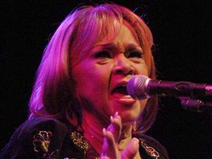 Etta James performs with the Roots band again at The House of Blues, Boston, 2008