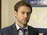 Law & Order UK: PAUL NICHOLLS as DS Sam Casey