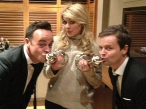 Holly Willoughby, Ant, Dec, NTAs, twitter