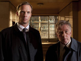 Whitechapel, RUPERT PENRY-JONES as Joe Chandler and PHIL DAVIS as Ray Miles.