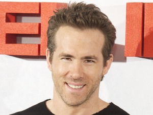 Ryan Reynolds Home on Ryan Reynolds  Safe House