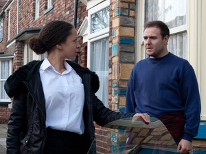 Tyrone confronts Kirsty, accusing her of having an affair. He interrogates her over whether the baby is really his