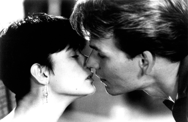 Sam Wheat (Patrick Swayze) and Molly Jensen (Demi Moore)