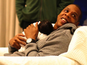 Beyonc and Jay-Z release the first pictures of daughter Blue Ivy Carter