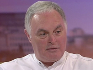 Gerry Boyle is guest on 'GMTV' talking about how his sister Susan Boyle is coping. Seen on ITV.