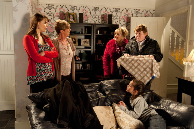 Assuming Steve is moving out, Tracy has a celebratory meal with Deirdre and Amy after Jason knocks down the partition wall
