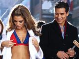 Maria Menounos and Mario Lopez