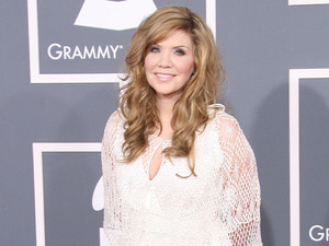 Alison Krauss 54th Annual GRAMMY Awards (The Grammys) - 2012 Arrivals held at the Staples Center Los Angeles, California