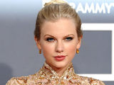 The 54th Annual Grammy Awards: Red Carpet: Taylor Swift