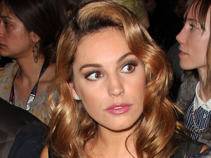 Kelly Brook - London Fashion Week Autumn/Winter 2012 - Giles Show