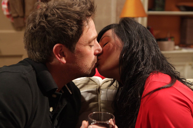 Chas Dingle (Lucy Pargeter) and Cameron Murray (Dominic Power) kiss