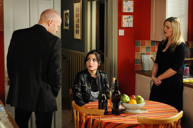 Max and Tanya confront Lauren over her antics.