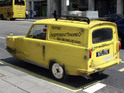 A group of friends build the famous yellow Reliant Robin car from the comedy.