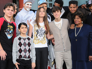 Prince Jackson, Prince Michael Jackson II, Paris Jackson, Justin Bieber and Katherine Jackson at the Michael Jackson handprint ceremony, Los Angeles, America - 26 Jan 2012