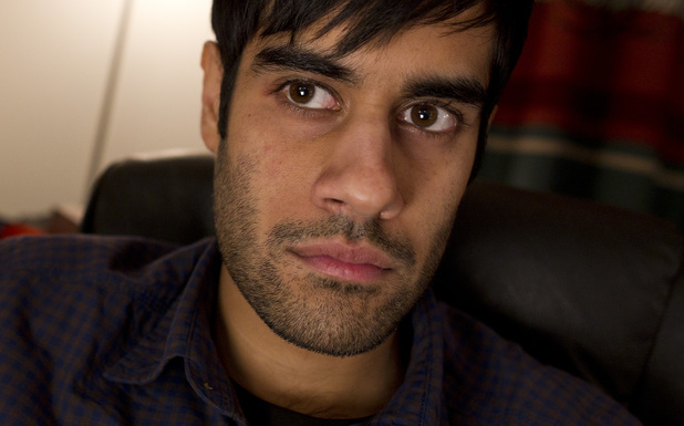 Pete Travis (SACHA DHAWAN)