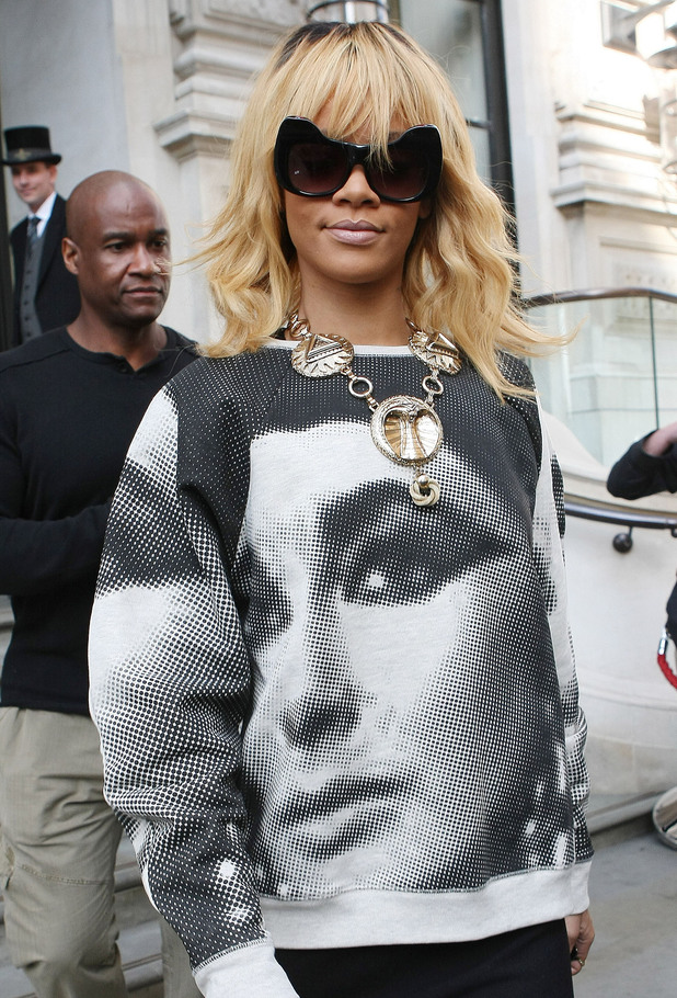 Rihanna leaving her hotel London, England - 26.02.12