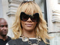 Rihanna, Swift back Invisible Children