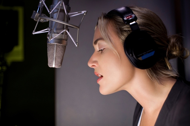 Kate Winslet recording Therese Raquin for audible.co.uk