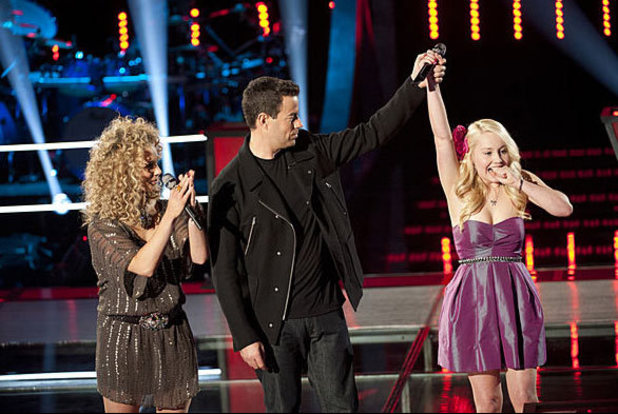 The Voice - Battle Round - RaeLynn wins