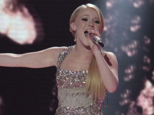 American Idol Season 11 - Hollie Cavanaugh performs