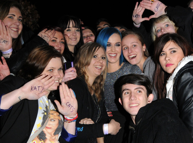 Katy Perry meets her London fans