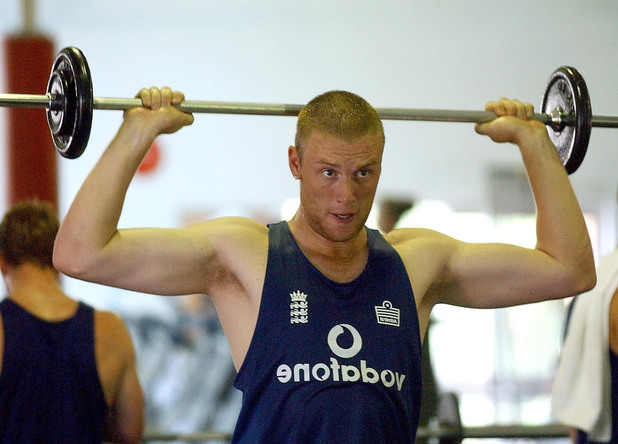 Flintoff lifts weights