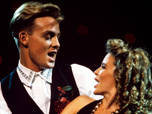 Kylie and Jason Donovan - Especially For You duet 1988
