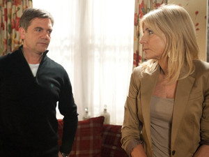 Stella informs Karl that the pub could be in danger unless they get a loan to consolidate their debts, which could take years to pay off