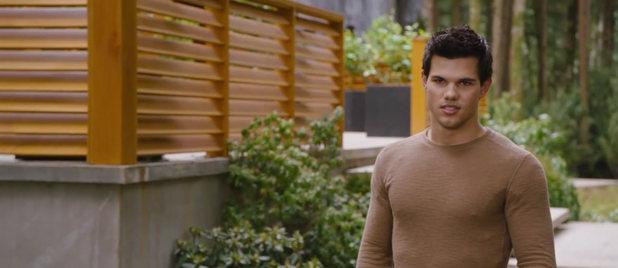 Twilight Breaking Dawn part 2 teaser trailer