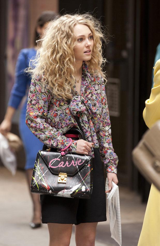 AnnaSophia Robb on the set of &#39;The Carrie Diaries&#39; in Manhattan