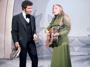 Tom Jones, Joni Mitchell