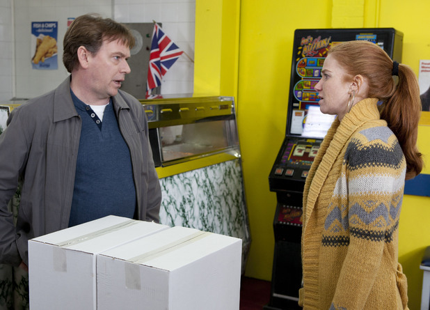 Bianca gets a shock when she asks Ian for an advance on her wages.