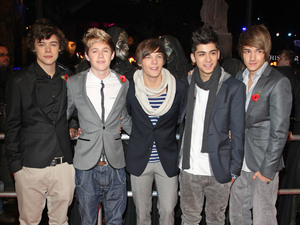 Harry Styles, Niall Horan, Louis Tomlinson, Zain Malik and Liam Payne of One Direction World Premiere of 'Harry Potter and the Deathly Hallows Part 1' held at the Odeon Leicester Square - Arrivals London