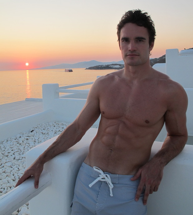 Thom Evans poses for girlfriend Kelly Brook in a Tumblr image