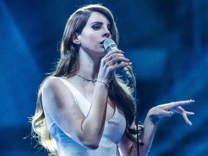 The Voice UK Results Show 1: Lana Del Rey performs