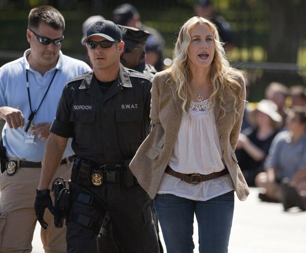 Daryl Hannah, protest, arrest