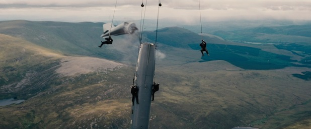 Dark Knight Rises mid-air plane hijack