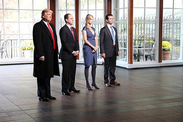 Celebrity Apprentice: &#39;Jingle All The Way Home&#39;