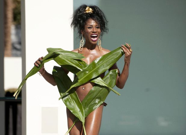 Sinitta, X Factor, palm leaves