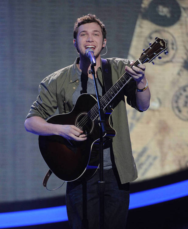 'American Idol': Season 11's Top 5 - Phillip Phillips performs