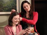 Caoimhe gets Charlotte ready for her date.