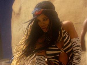 Rihanna: Behind the Scenes of 'Where have you been?'