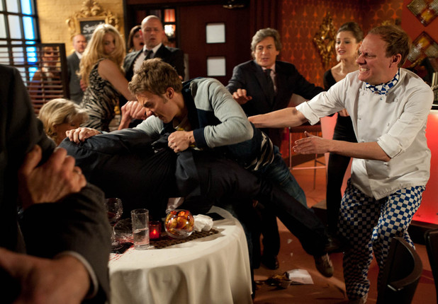 Nick Tilsley (Ben Price) and David Platt (Jack P Shepherd) fight at the Bistro.