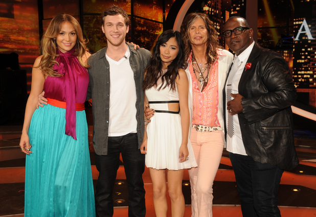 'American Idol' finalists Phillip Philips and Jessica Sanchez with judges Jennifer Lopez, Steven Tyler and Randy Jackson