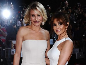 Cameron Diaz and Cheryl Cole on the red carpet of What To Expect When You&#39;re Expecting.